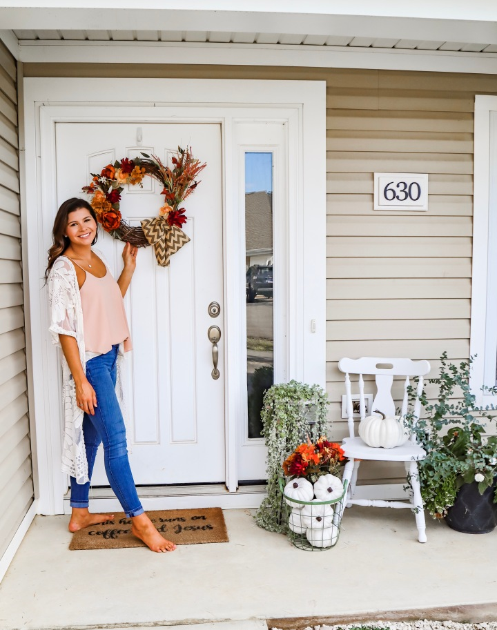 Early Fall Front Door Decor