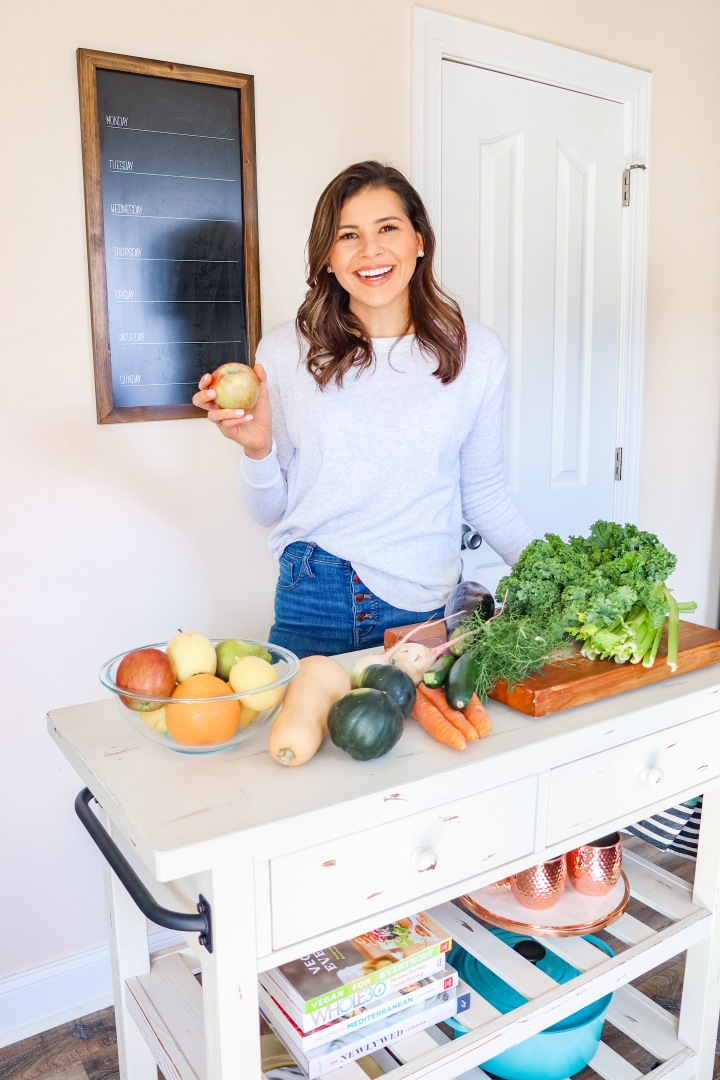 March's Healthy Home Challenge: Eat More Organic Produce + Reduce PesticideExposure